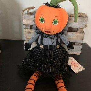 New Halloween Decorative Pumpkin shelf sitter